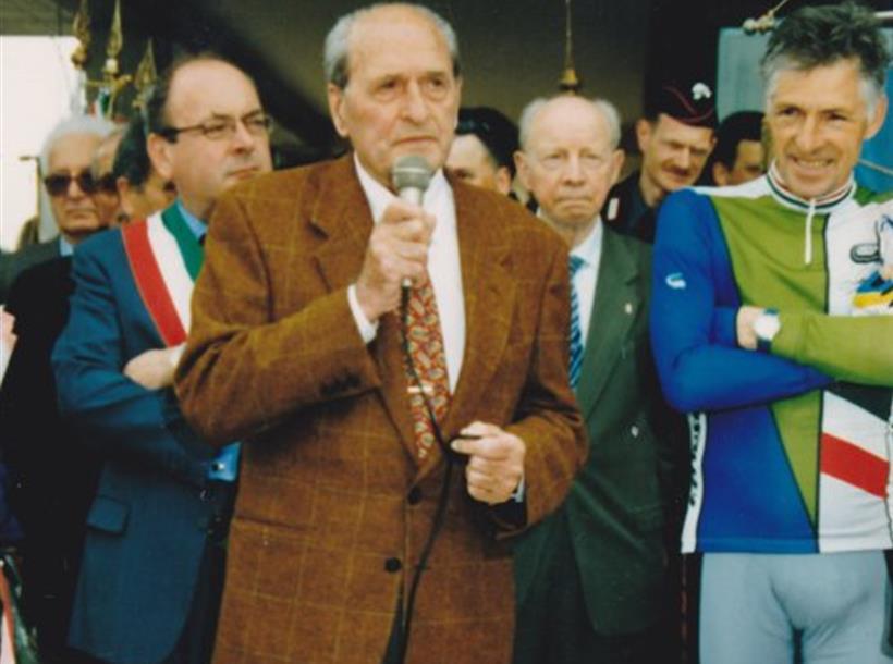 MARTINI ALL'inaugurazione DELLA PIAZZA DEDICATA A BEVILACQUA