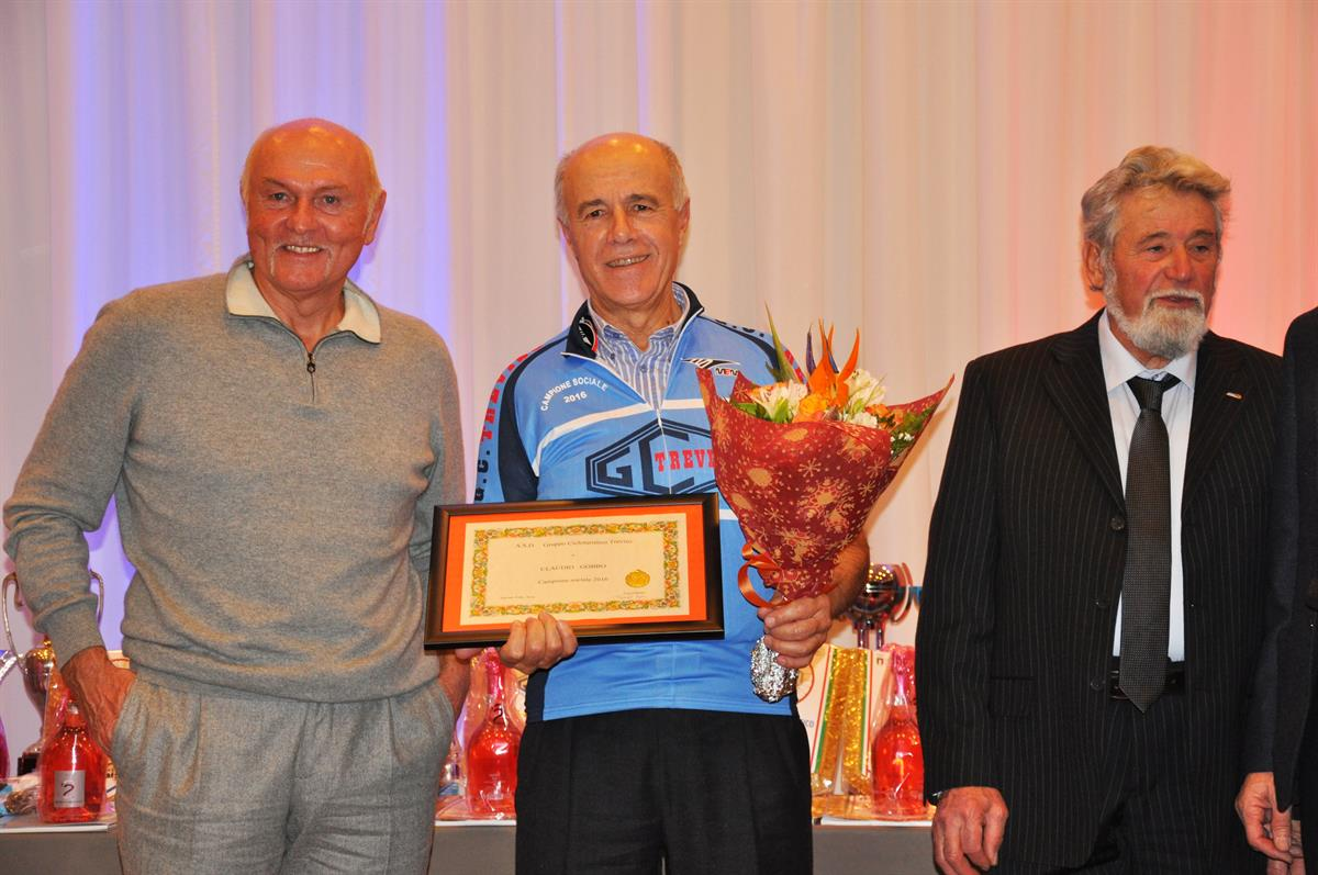 Claudio Gobbo Campione Sociale Simone Fraccaro Ospite F'onore E Il Presidente Orfeo Prevedel