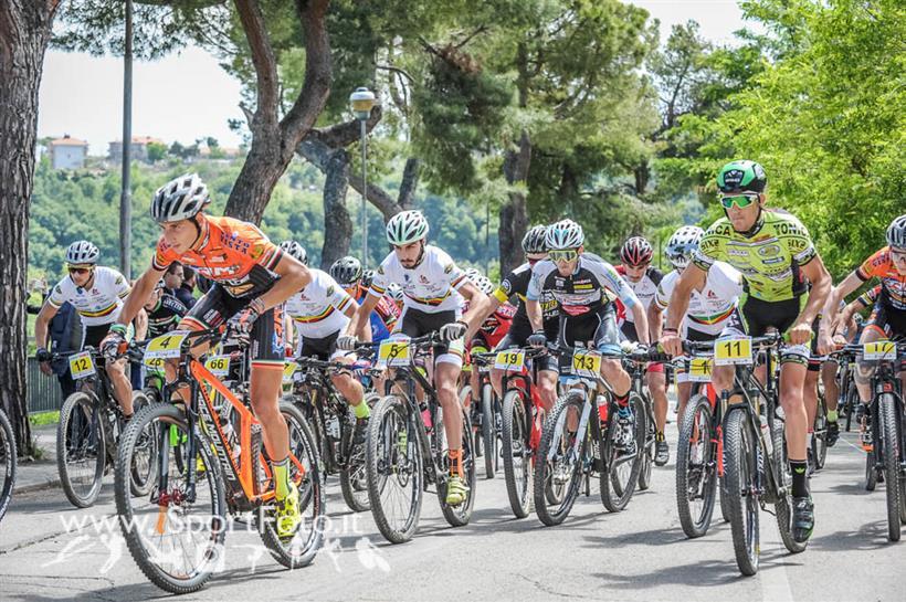 Aprutium Bike Race 21052017 Partenza Gara Open Juniores Master